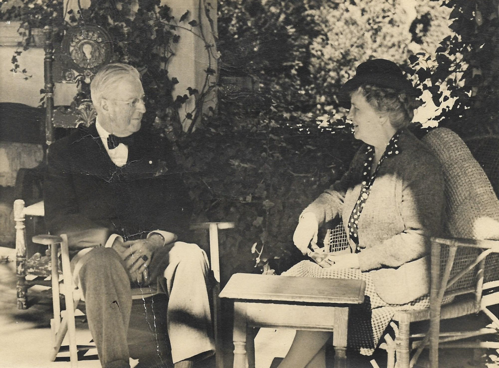 Ambassador Alexander Weddell and his wife, Virginia Chase Steedman Weddell in their garden at Virginia House. Archival Photograph from the Personal Collection of Alexander and Virginia Weddell, courtesy of the Virginia House Museum.