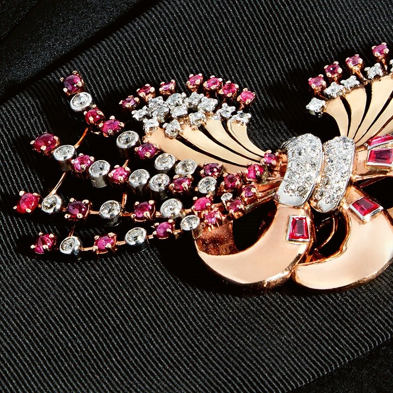 The Brooch is Back!
