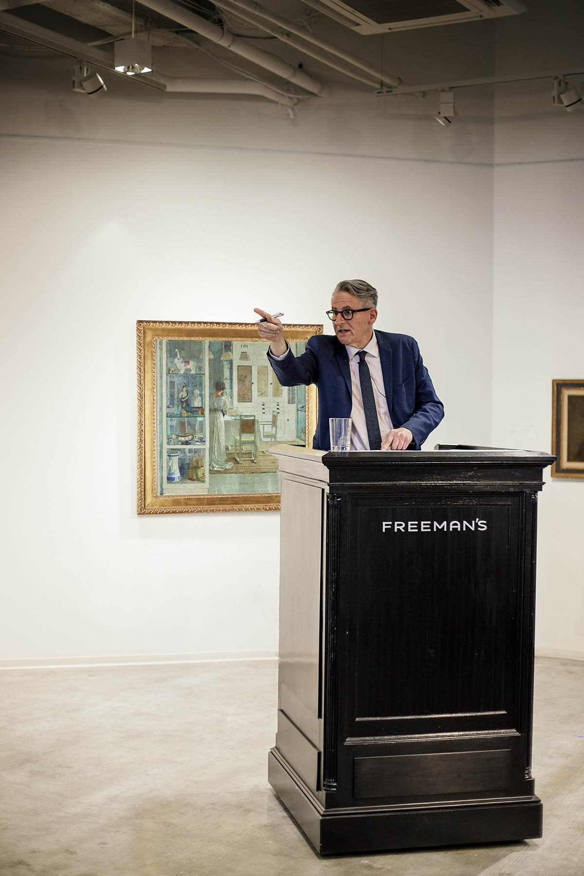 David Weiss auctioneering during European Art & Old Masters Auction