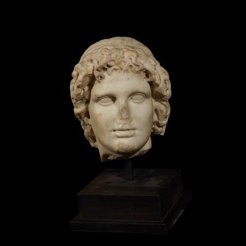 Lot 30 - ROMAN HEAD OF ALEXANDER THE GREAT AS HELIOS