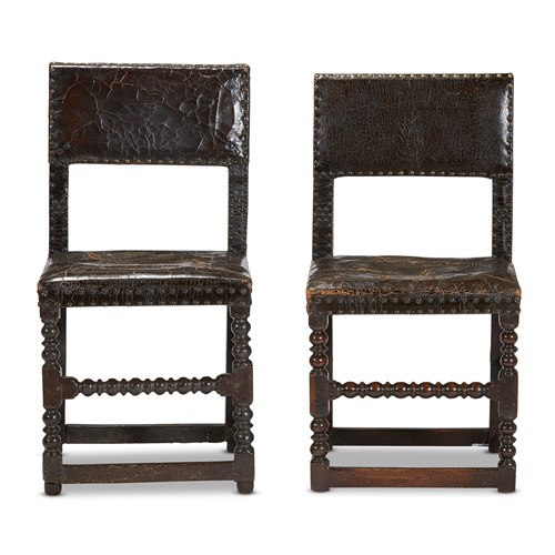 Lot 22 - A NEAR PAIR OF CHARLES II OAK SIDE CHAIRS