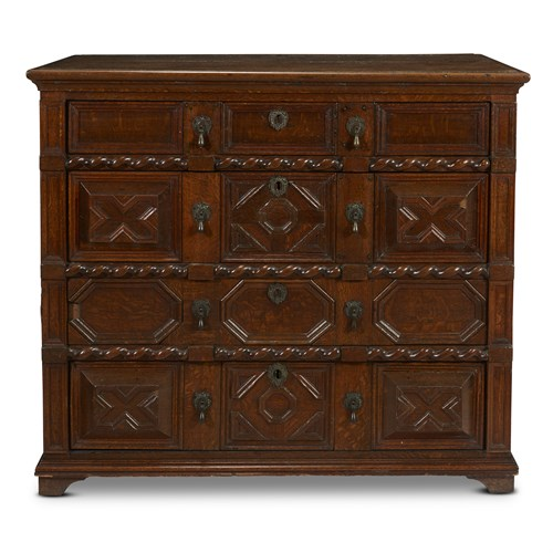 Lot 46 - A WILLIAM & MARY CARVED AND MOULDED OAK CHEST OF DRAWERS