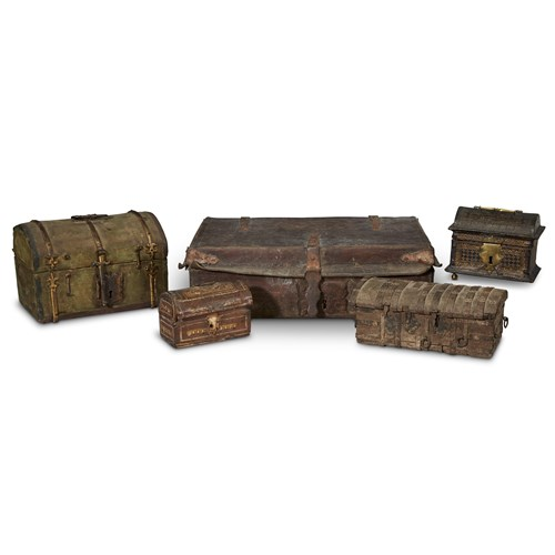 Lot 75 - AN ASSEMBLED GROUP OF FIVE CONTINENTAL MINIATURE CHESTS