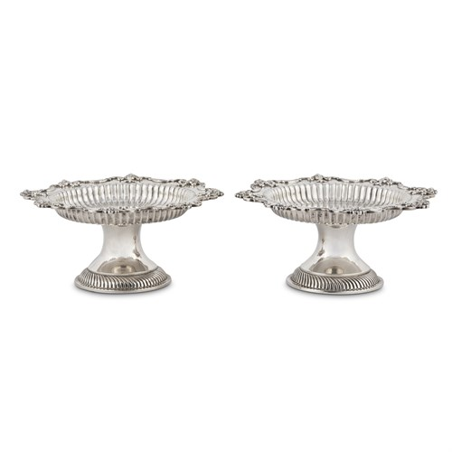 Lot 63 - A PAIR OF GEORGE V STERLING SILVER TAZZE