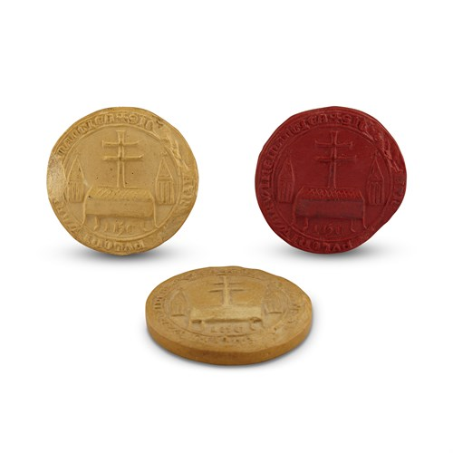 Lot 17 - A GROUP OF THREE CAST COPIES OF WARWICK PRIORY SEALS