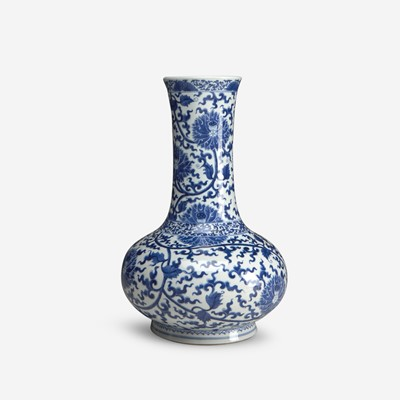 Lot 10 - A Chinese blue and white porcelain bottle vase