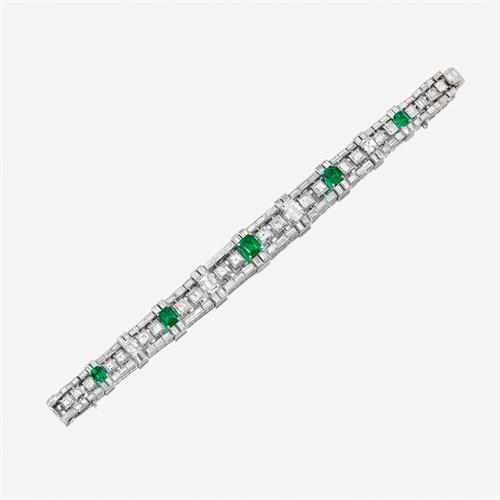 Lot 113 - A diamond, emerald, and eighteen karat white gold bracelet, Bulgari