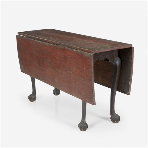 Lot 72 - A small Chippendale faux grain-painted drop-leaf table