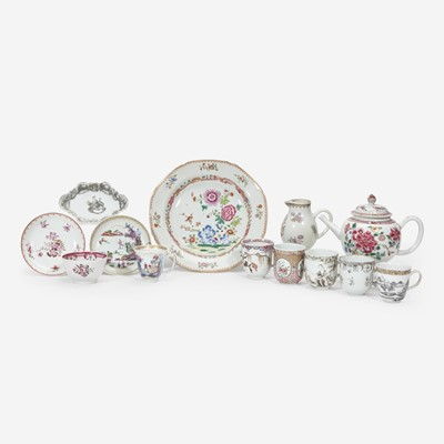 Lot 105 - A group of thirteen Chinese Export porcelain tablewares