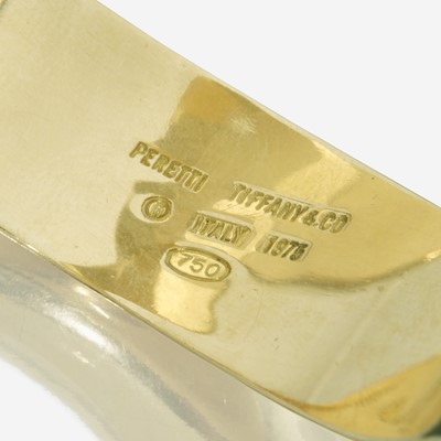 Lot 45 - An eighteen karat gold bracelet, Tiffany & Co.