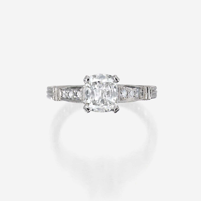 Lot 94 - A diamond solitaire