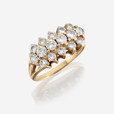 Lot 181 - A diamond and fourteen karat gold ring