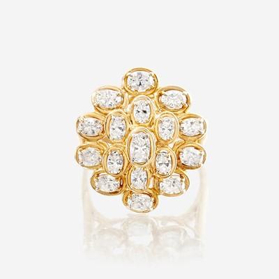 Lot 132 - A diamond and eighteen karat gold ring, Oscar Heyman & Bros