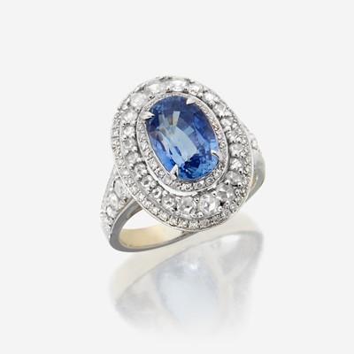 Lot 97 - A sapphire, diamond, and eighteen karat white gold ring