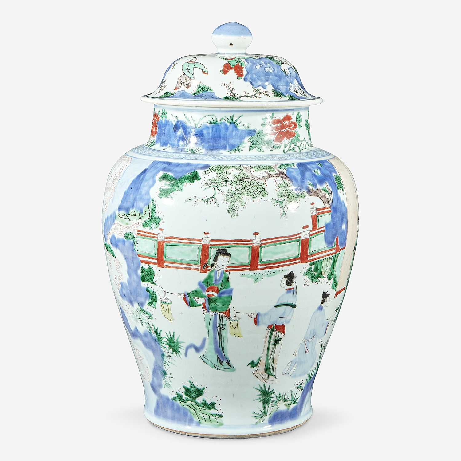 Lot 62 - A Chinese wucai-decorated porcelain large jar and cover