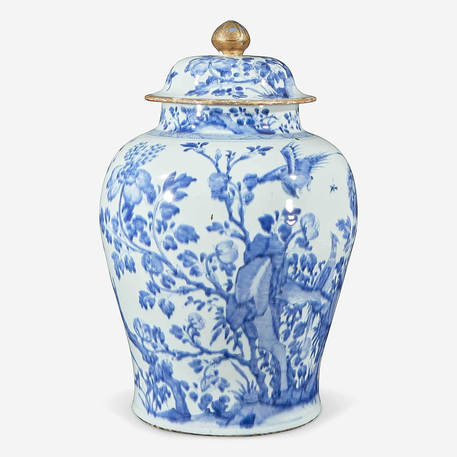 Lot 55 - A Chinese blue and white porcelain large jar & cover