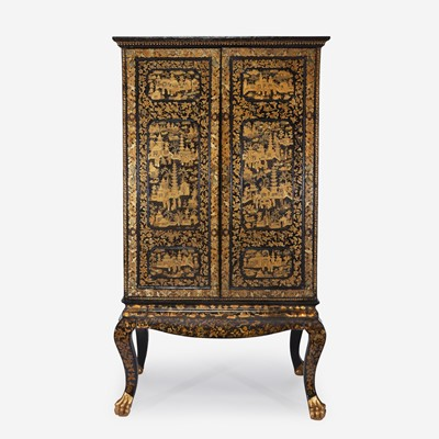 Lot 110 - A large Chinese Export black lacquered cabinet