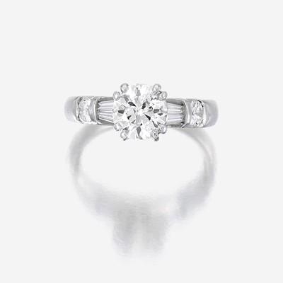 Lot 97 - A diamond solitaire, Verragio