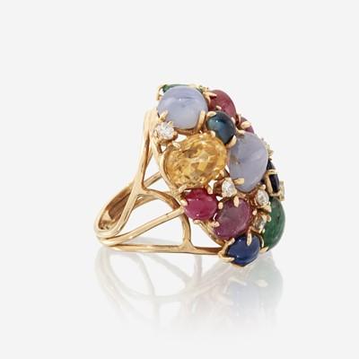Lot 41 - A fourteen karat gold, gem-set, and diamond ring