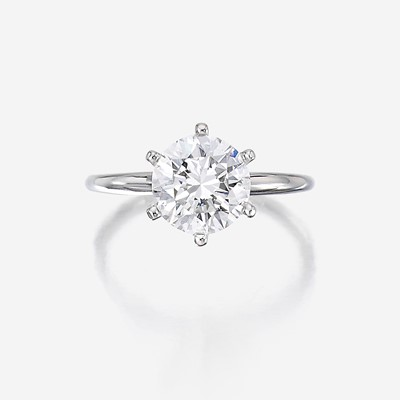 Lot 149 - A diamond solitaire