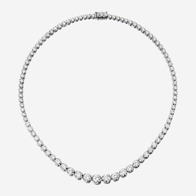 Lot 98 - A diamond and eighteen karat white gold rivière necklace