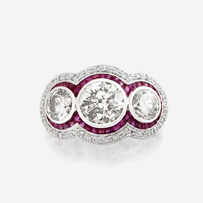 Lot 99 - A diamond, ruby, and platinum ring