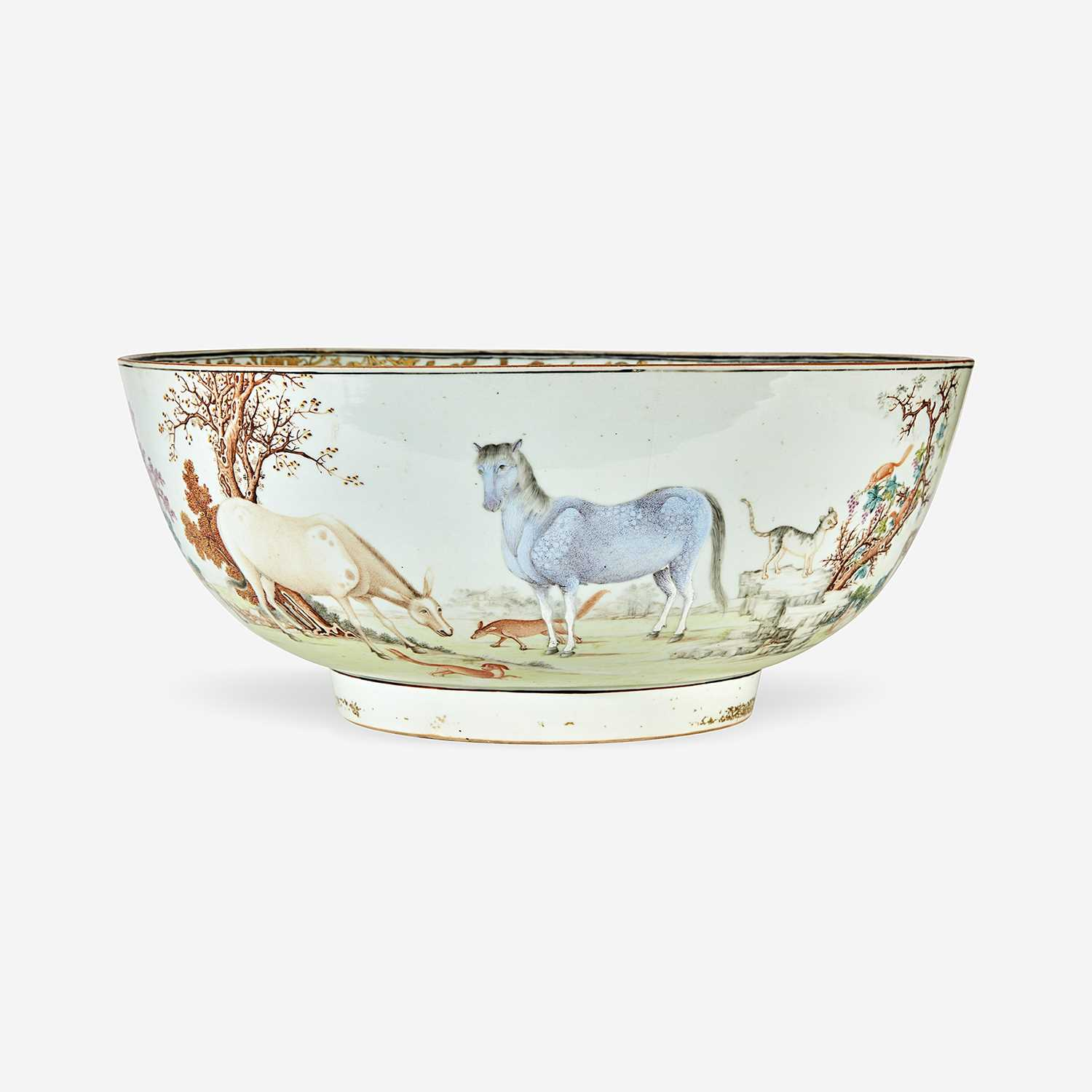 Lot 95 - A Chinese Export porcelain gilt and polychrome-decorated punch bowl