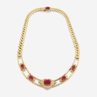 Lot 164 - A tourmaline, diamond, and eighteen karat gold necklace