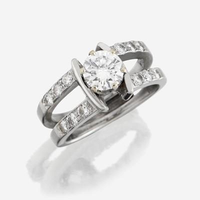 Lot 173 - A diamond solitaire