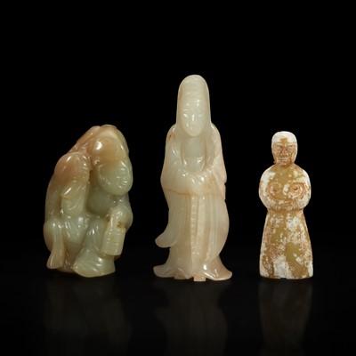 Lot 114 - Three small Chinese carved jade figures 玉雕人物三件