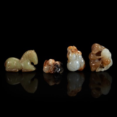 Lot 120 - A group of four Chinese grey and brown jade items 玉雕一组四件