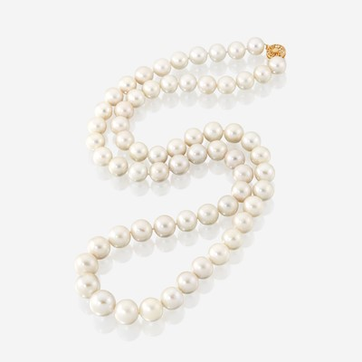 Lot 115 - A strand of South Sea cultured pearls
