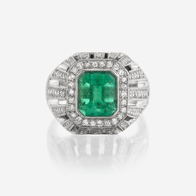 Lot 53 - An emerald, diamond, and platinum ring, Fratelli Piccini