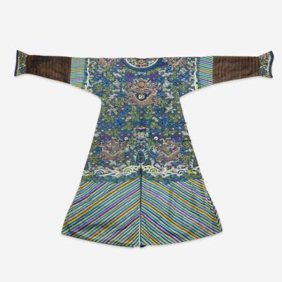 Lot 248 - A Chinese kesi tapestry dragon robe 缂丝龙袍