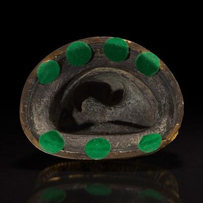 Lot 43 - A Sino-Tibetan gilt bronze Buddha 中原或藏传佛教鎏金铜造像