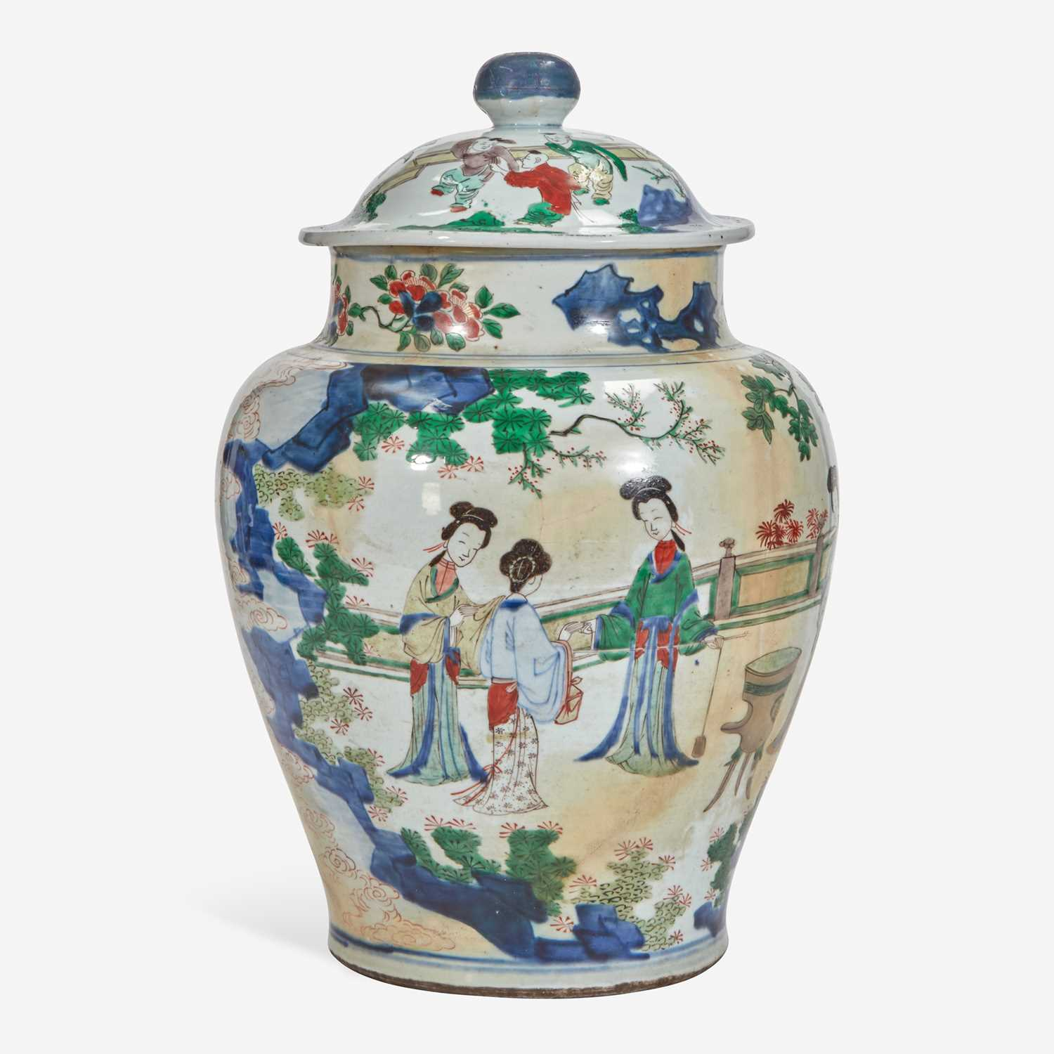 Lot 87 - A Chinese wucai-decorated porcelain large jar and cover 五彩带盖大罐