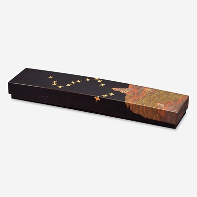 Lot 186 - A Japanese lacquer poetry slip box 日本莳绘木盒