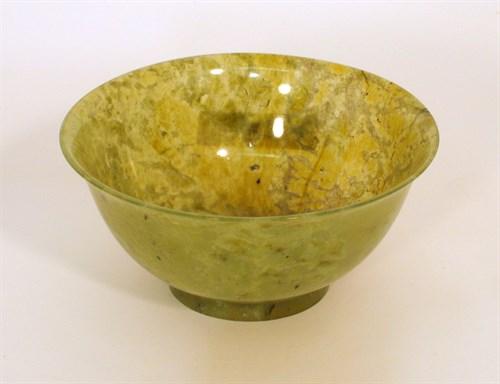 Lot 83 - Chinese dark green jadeite bowl