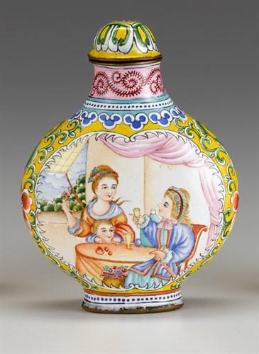 Lot 9 - Chinese Canton 'European scene' enamel snuff bottle