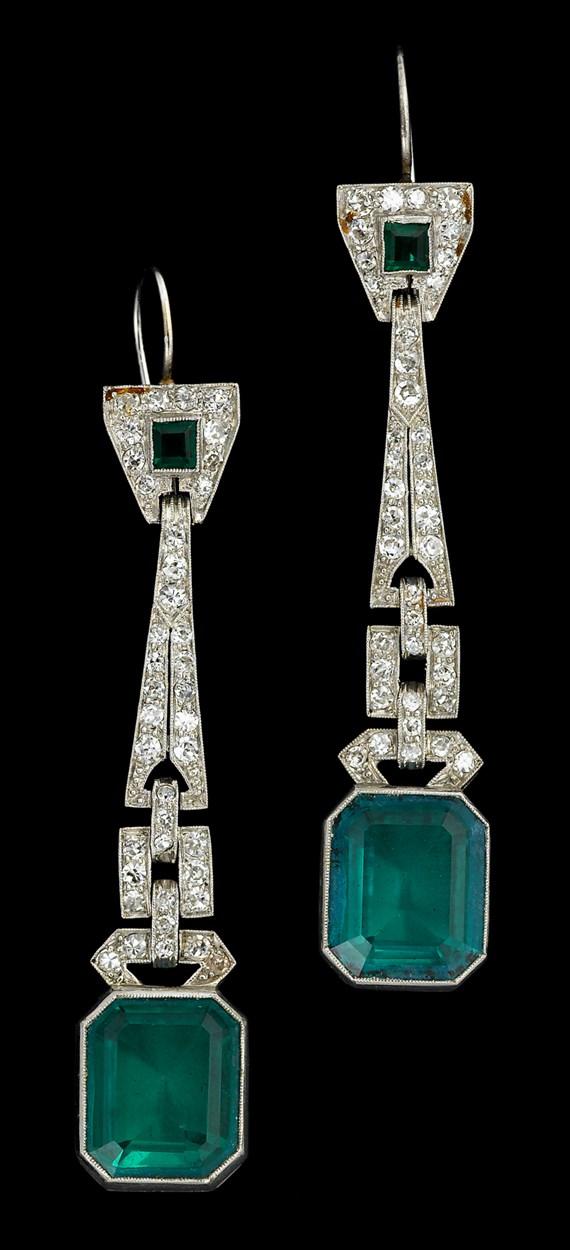 Lot 151 - Emerald and diamond drop earrings