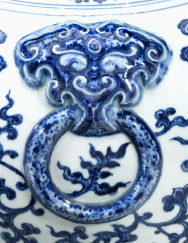 Lot 603 - Large and important Chinese blue and white Ming-style vase
