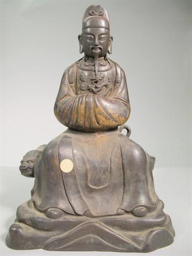 Lot 5 - Chinese bronze Daoist figure