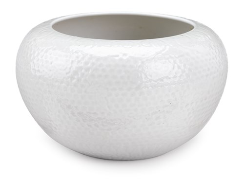 Lot 34 - A chinese white-glazed alms bowl