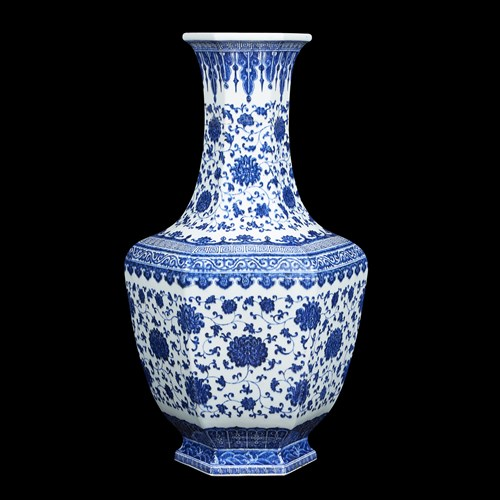 Lot 287 - A rare and impressive Chinese blue and white porcelain hexagonal vase