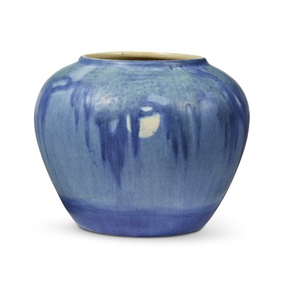 Lot 96 - Aurelia Arbo for Newcomb College Pottery
